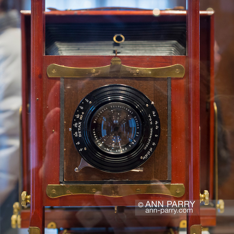 Roslyn Harbor, New York, USA, January 2, 2017. Antique camera of Ralph J. Golsen, Chicago, Illinios, is on display at Nassau County Museum of Art photography exhibitions covering over 100 years of photography.