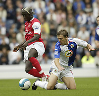 Photo: Aidan Ellis.<br /> Blackburn Rovers v Arsenal. The FA Barclays Premiership. 19/08/2007.<br /> Blackburn's Stephen Warnock loses out to Arsenal's Bacary Sagna
