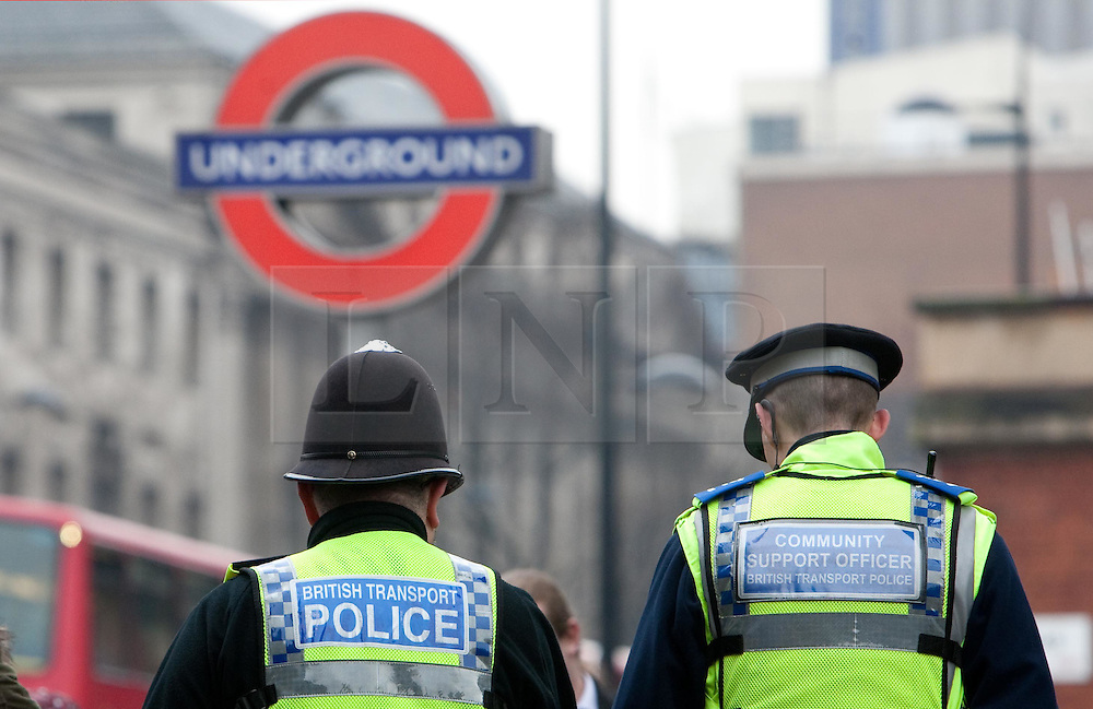 ©London News Picures. Police officers outside the King's cross station in London, as The terrorist threat level specific to major UK transport hubs has been raised from substantial to severe. The move includes airports and London railway terminals, although there is no suggestion of any intelligence of an imminent attack. Photo credit should read Fuat Akyuz/London News Pictures.