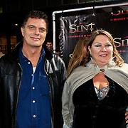 NLD/Amsterdam/20101103- Filmpremiere Sint de film, Maya van den Broecke en partner