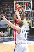 DESCRIZIONE: Cucciago Lega A 2015-16 <br /> Acqua Vitasnella Cantu' Olimpia EA7 Emporio Armani Milano<br /> GIOCATORE: Charles Jenkins<br /> CATEGORIA: tiro<br /> SQUADRA: Olimpia EA7 Emporio Armani Milano<br /> EVENTO: Campionato Lega A 2015-2016<br /> GARA:Acqua Vitasnella Cantu' Olimpia EA7 Emporio Armani Milano<br /> DATA: 29/11/2015<br /> SPORT: Pallacanestro<br /> AUTORE: Agenzia Ciamillo-Castoria/A. Ossola<br /> Galleria: Lega Basket A 2015-2016<br /> Fotonotizia: Milano Lega A 2015-16 <br /> Acqua Vitasnella Cantu' Olimpia EA7 Emporio Armani Milano