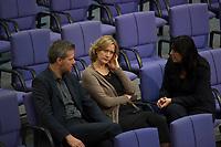 DEU, Deutschland, Germany, Berlin, 27.11.2014: V.l.n.r. die Grünen-Politiker Dieter Janecek, Kerstin Andreae und Ekin Deligöz im Plenum des Deutschen Bundestags.