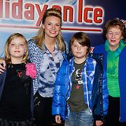 NLD/Utrecht/20121018- Premiere Speed, Pernille la Lau, kinderen en haar moeder