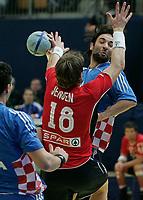 Ivano Balic (CRO) gegen Johnny Jensen (NOR) © Manu Friederich/EQ Images