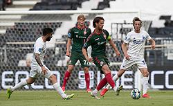Lucas Andersen (AaB) afleverer under kampen i 3F Superligaen mellem FC København og AaB den 17. juni 2020 i Telia Parken, København (Foto: Claus Birch).