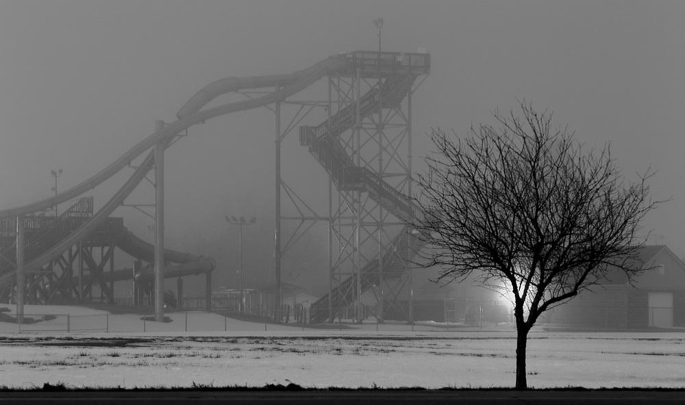 Fog surrounds the Island Oasis Water Park late Thursday night as seen from Fonner Park Drive. (Independent/Matt Dixon)