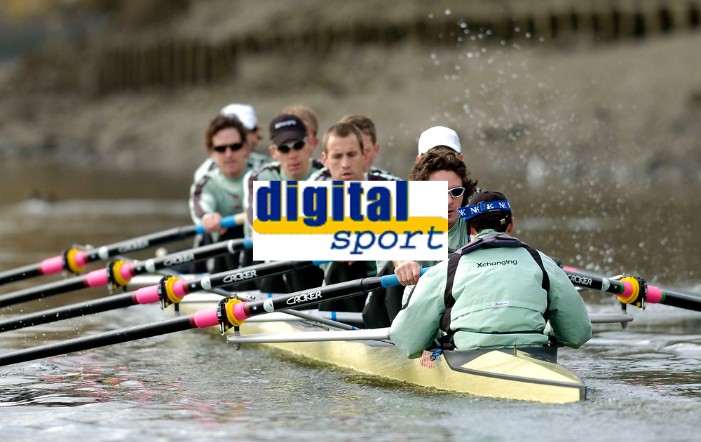 Photo: Daniel Hambury.<br />Varsity Boat Race Preview Day. 29/03/2006.<br />The Cambridge crew during practise.