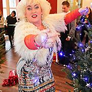 NLD/Amsterdam/20101208 - Skyradio Christmas Tree for Charity 2010, Karin Bloemen