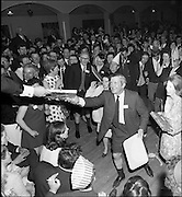 20/04/1970<br /> 04/20/1970<br /> 20 April 1970<br /> Tynagh Mines Dinner Dance at Loughrea, Co. Galway. Winners collect their prizes.