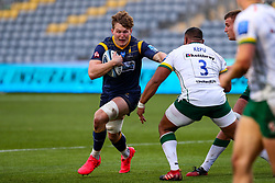 Ted Hill of Worcester Warriors hands off Sekope Kepu of London Irish - Mandatory by-line: Nick Browning/JMP - 21/11/2020 - RUGBY - Sixways Stadium - Worcester, England - Worcester Warriors v London Irish - Gallagher Premiership Rugby