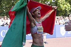 August 13, 2017 - London, United Kingdom - Ines Henriques wins Women 50 K Race Walk at IAAF World Championships in London, UK on August 13, 2017. The race was one of pioneering in championships history as women did not participate in 50 km race walks in the past.  It took place on The Mall, most picturesque street of London and attracted thousands spectators. (Credit Image: © Dominika Zarzycka/NurPhoto via ZUMA Press)