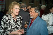 LADY ANTONIA PINTER AND V.S. NAIPAUL, Launch of the new magazine 'Standpoint'. Wallace Collection. Manchester Sq. London. 28 May 2008.  *** Local Caption *** -DO NOT ARCHIVE-© Copyright Photograph by Dafydd Jones. 248 Clapham Rd. London SW9 0PZ. Tel 0207 820 0771. www.dafjones.com.