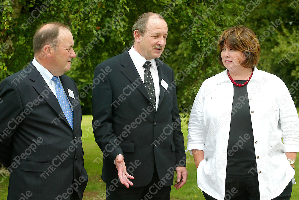 Mark Rodgers, John Liddy and Tanaiste Mary Harney, pictured at the opening of the New Process R&D QA Lab at Roche Ireland. Picture:Marie McCallan/Press 22