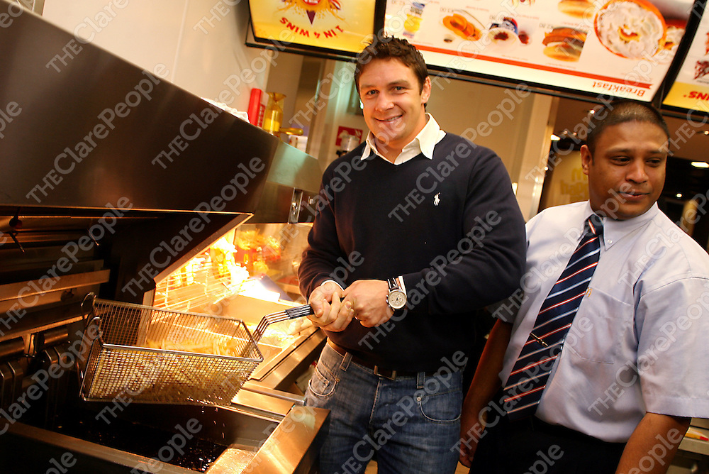 Munster and Irish International David Wallace was in charge of the fries at the official opening of McDonalds Fast Food Restaurant in Ennis on Saturday morning.<br /> Photograph by Yvonne Vaughan