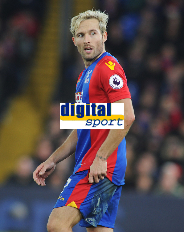 Football - 2016 / 2017 Premier League - Crystal Palace vs. Manchester United<br /> <br /> Yohan Cabaye of Crystal Palace at Selhurst Park.<br /> <br /> COLORSPORT/ANDREW COWIE