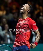 ROTTERDAM -  Gael Monfils (Fra) wint  zijn partij van Felix Auger-Aliassime (Can) in de finale van het ABN AMRO World Tennis Tournament. ANP KOEN SUYK