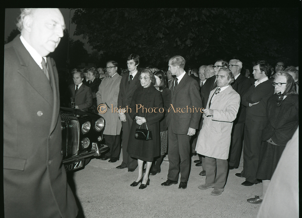 30/10/1978.10/30/1978.30th October 1978.The Removal of remains of Ruaidhri de Valera.  Photograph shows Mrs Eithne de Valera, widow of the late Professor Ruaidhri de Valera, with her sons Eamonn, Ruaidhri, her daughter Eithne and Terry de Valera,(brother in law), at the arrival of the remains of her husband at the Church of the Sacred Heart, Donnybrook, Dublin.