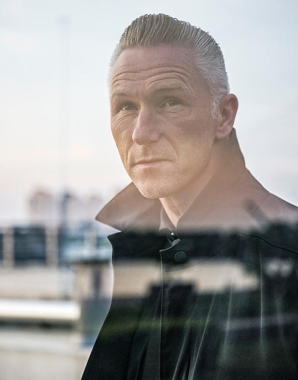 Netherlands. Rotterdam, 11-05-2016. Photo: Patrick Post.  Portret van de Nederlandse schrijver Alex Boogers.