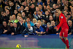 11.08.2012, Stamford Bridge, London, ENG, Premier League, FC Chelsea vs FC Liverpool, 12. Runde, im Bild Chelsea supporters hurl abuse at Liverpool's Luis Alberto Suarez Diaz during during the English Premier League 12th round match between Chelsea FC and Liverpool FC at the Stamford Bridge, London, Great Britain on 2012/11/11. EXPA Pictures © 2012, PhotoCredit: EXPA/ Propagandaphoto/ David Rawcliffe..***** ATTENTION - OUT OF ENG, GBR, UK *****