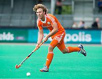 ROTTERDAM - HOCKEY - Oliver Polkamp tijdens de wedstrijd tussen de mannen bvan Nederland en Nieuw Zeeland (3-3)  bij de Rabobank Hockey World League in Rotterdam. ANP KOEN SUYK