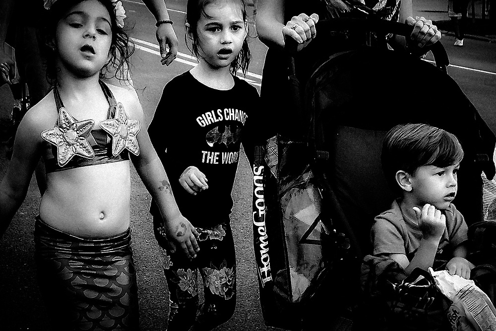 CONEY ISLAND - KIDS ON MERMAID PARADE DAY