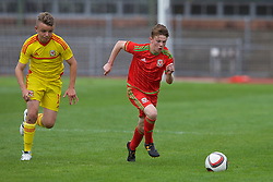 NEWPORT, WALES - Thursday, August 4, 2016: North Wales Academy Boys' Jack Hitchin [L] and Regional Development Boys Vinnie Dwyer [R] during the Welsh Football Trust Cymru Cup 2016 at Newport Stadium. (Pic by Paul Greenwood/Propaganda)