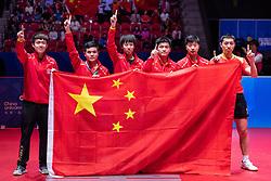 May 6, 2018 - Halmstad, SVERIGE - 180506 Kinas lag jublar efter vinsten i herrarnas final mellan Tyskland och Kina under dag 8 av Lag-VM i Bordtennis den 6 maj 2018 i Halmstad  (Credit Image: © Carl Sandin/Bildbyran via ZUMA Press)