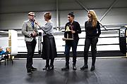Prins Bernhard van Oranje jr. bij TYR Boxing om samen met bokskampioene Marichelle de Jong de officiële opening te verrichten.<br /> <br /> Op de foto:  Prins Bernhard van Oranje jr. Bernhard van Oranje-Nassau, Van Vollenhoven  samen met bokskampioene Marichelle de Jong
