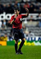 Photo: Jed Wee.<br /> Newcastle United v Fenerbahce. UEFA Cup. 19/10/2006.<br /> <br /> Polish referee Grzegorz Gilewski.