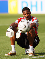 Photo: Chris Ratcliffe.<br />Trinidad & Tobago training session. FIFA World Cup 2006. 14/06/2006.<br />Shaka Hislop in training.