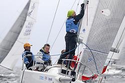 , Kiel - Kieler Woche 17. - 25.06.2017, J - 80 - GER 1424 - Ja Schatz - Ulf PLEßMANN - Altländer Yachtclub e. Vᾨ