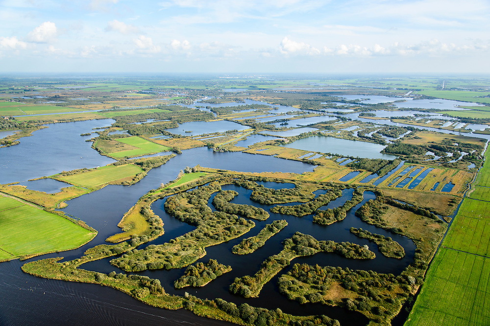 Nederland, Friesland, Alde Feanen, 10-10-2014;<br /> De Oude Venen, Eernewoude aan de horizon.<br /> The old peatlands, Frisian peatland and bog, nature reserve.<br /> luchtfoto (toeslag op standard tarieven);<br /> aerial photo (additional fee required);<br /> copyright foto/photo Siebe Swart