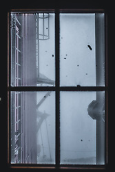 THEMENBILD - Blick auf einem Fenster am Sonnblick Observatorium, aufgenommen am 20. November 2018, Rauris, Österreich // view outside of a window at the Observatory Sonnblick on 2018/11/20, Rauris, Austria. EXPA Pictures © 2018, PhotoCredit: EXPA/ JFK