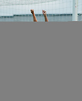 Tonje Gulbrandsen, Kolbotn, har akkurat scoret klubbens første europacupmål noen sinne. Kolbotn - Wroclaw (Polen) 15-2. Seiersten, Drøbak. 21. august 2003. (Foto: Peter Tubaas/Digitalsport)