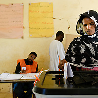 Khartoum, Sudan 11 April 2010<br /> A sudanese woman votes in a polling station during the presidential elections in Sudan.<br /> Photo: Ezequiel Scagnetti