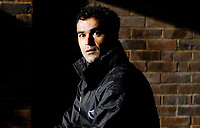 Photo: Alan Crowhurst/Sportsbeat Images.<br />Horsham v Swansea City. The FA Cup. 30/11/2007. Swansea manager Ricardo Martinez before kick-off.
