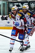 15.03.2011, Rapperswil-Jona, Eishockey NLA Playout, Rapperswil-Jona Lakers - HC Ambri-Piotta, Roman Botta (r) und Julian Walker (l, AMB) jubeln  (Thomas Oswald/hockeypics)