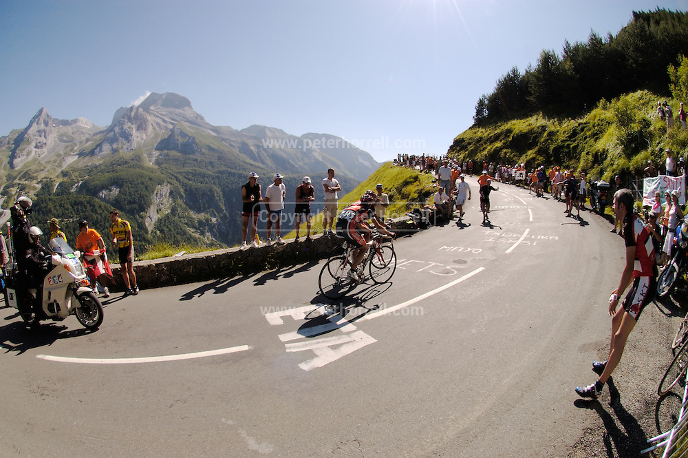 FRANCE 25th JULY 2007: Tour de France Stage 16 Orthez to Gorette - Col d'Aubisque. Two Caisse d'Epargne riders face less than 2.5km to go to the finish at the top of the Col d'Aubisque.