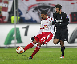 12.12.2013, Red Bull Stadion, Salzburg, AUT, UEFA EL, FC Red Bull Salzburg vs Esbjerg fB, Gruppe C, im Bild Alan Douglas Borges De Carvalho, (FC Red Bull Salzburg, #27) und Jerry Lucena, (Esbjerg fB, #21)// during the UEFA Europa League group C Match between FC Red Bull Salzburg and Esbjerg fB at the Red Bull Stadion, Salzburg, Austria on 2013/12/12. EXPA Pictures © 2013, PhotoCredit EXPA/ Roland Hackl