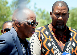 East London 2018-01-11 King Mandla Mandela and ANC SG Ace Magashule addressing the media outside mandela's home in Qunu Mthhatha  Picture Ayanda Ndamane African News Agency ANA