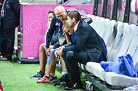 Blessure et larmes de Jules PLISSON - 24.04.2015 - Stade Francais / Stade Toulousain - 23eme journee de Top 14<br />