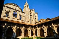 France, Lot (46), Cahors, cloître de la cathédrale Saint-Etienne, inscrite au Patrimoine Mondial de l'UNESCO vallée du Lot, Quercy // France, Lot (46), Cahors, cloister of Saint-Etienne cathedral, listed as World Heritage by UNESCO Lot valley, Quercy