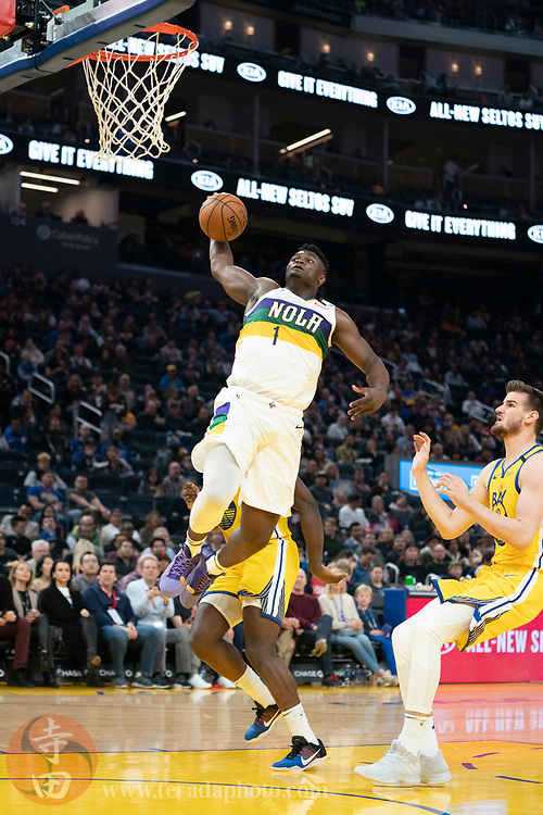 February 23, 2020; San Francisco, California, USA; New Orleans Pelicans forward Zion Williamson (1) dunks the basketball during the third quarter against the Golden State Warriors at Chase Center.