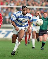 Fotball<br /> England<br /> Foto: Colorsport/Digitalsport<br /> NORWAY ONLY<br /> <br /> Les Ferdinand (QPR) Queens Park Rangers v Coventry City. 20/2/1993.