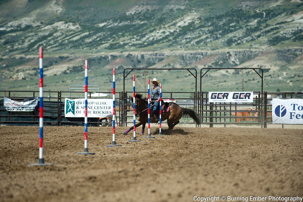 Hailey Hardeman in the Pole Bending event at the Saturday Short Go round event at the Wyoming State High School Finals Rodeo in Rock Springs Wyoming.  Photo by Josh Homer/Burning Ember Photography.  Photo credit must be given on all uses.