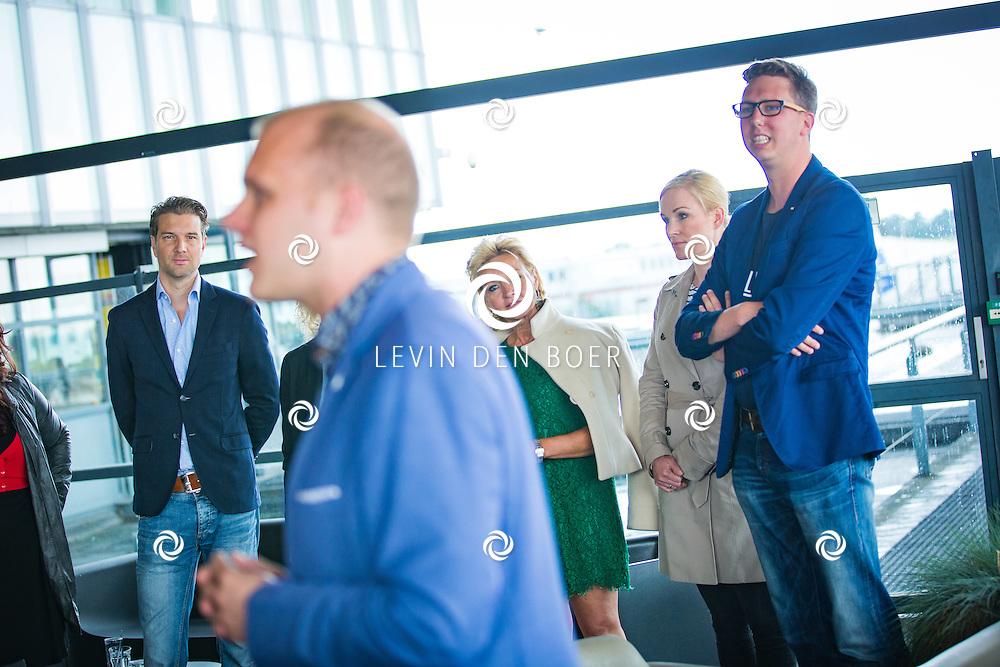 ROTTERDAM - Theater van de Klucht presenteert een nieuwe theaterproductie genaamd 'Boeing Boeing'. Met hier op de foto Bas Muijs, Mariska van Kolck, Wieneke Remmers en Arijan van Bavel. FOTO LEVIN EN PAULA PHOTOGRAPHY VOF