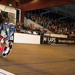 29-12-2015: Wielrennen: NK Baan: Alkmaar       <br />ALKMAAR (NED) baanwielrennen  <br />Op de wielerbaan van Alkmaar streden de wielrenners om de nationale baantitels<br />Theo Bos plaatst zich voor de finale vna het NK sprint ten koste vna Jeffrey Hoogland