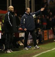 Photo:Mark Stephenson,Walsall fc v Swindon Town.<br />Coca Cola league 2,9-12-2006<br />Walsalls Richard Money (L) And Swindons Paul Sturrock.