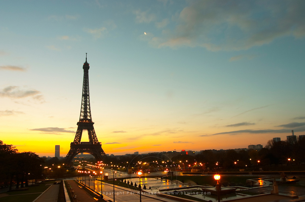 Eiffel Tower in early morning light seen from Trocadero. Paris, France.