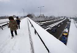 © under license to London News Pictures.  18/12/2010. Traffic battles through heavy snow along the M4 near junction 4 for the M25,  today (18/12/2010).  Severe weather is expected to hit the whole of the UK this weekend. Photo credit should read Sam Long/ London News Pictures